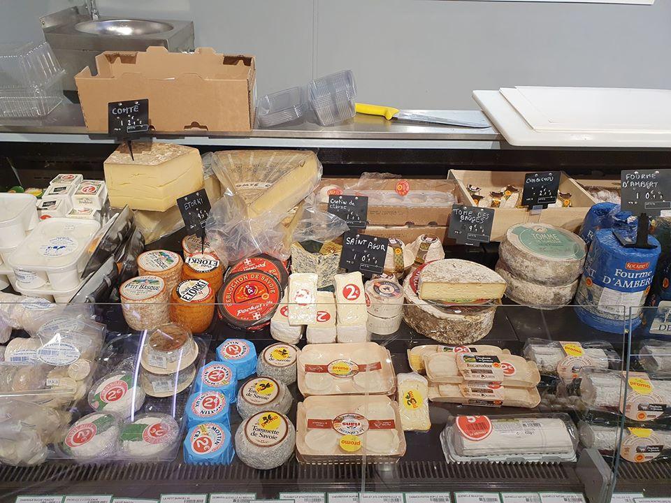 Fermeture du marché alimentaire du samedi et solution de proximité avec Coccinelle Supermarché à Charvieu-Chavagneux