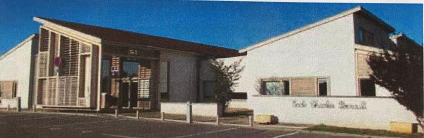 Sécurité - Installation de deux portails devant l'école Charles Perrault